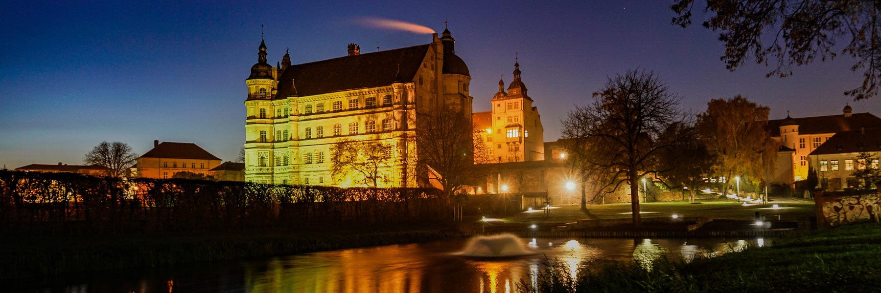 Schloss bei Nacht - Güstrow