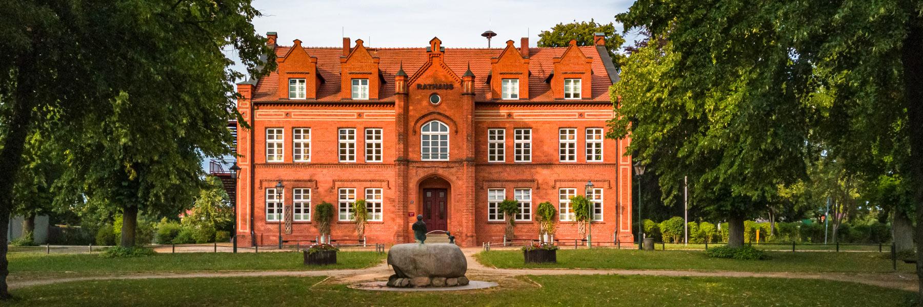 Rathaus - Stadt Dargun