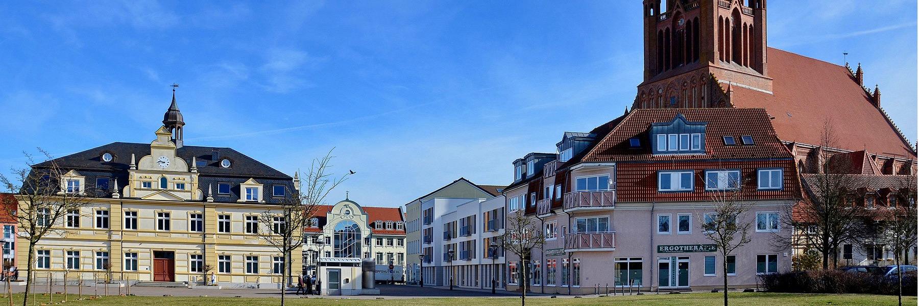 Rathaus & Kirche - Stadtinformation Hansestadt Demmin