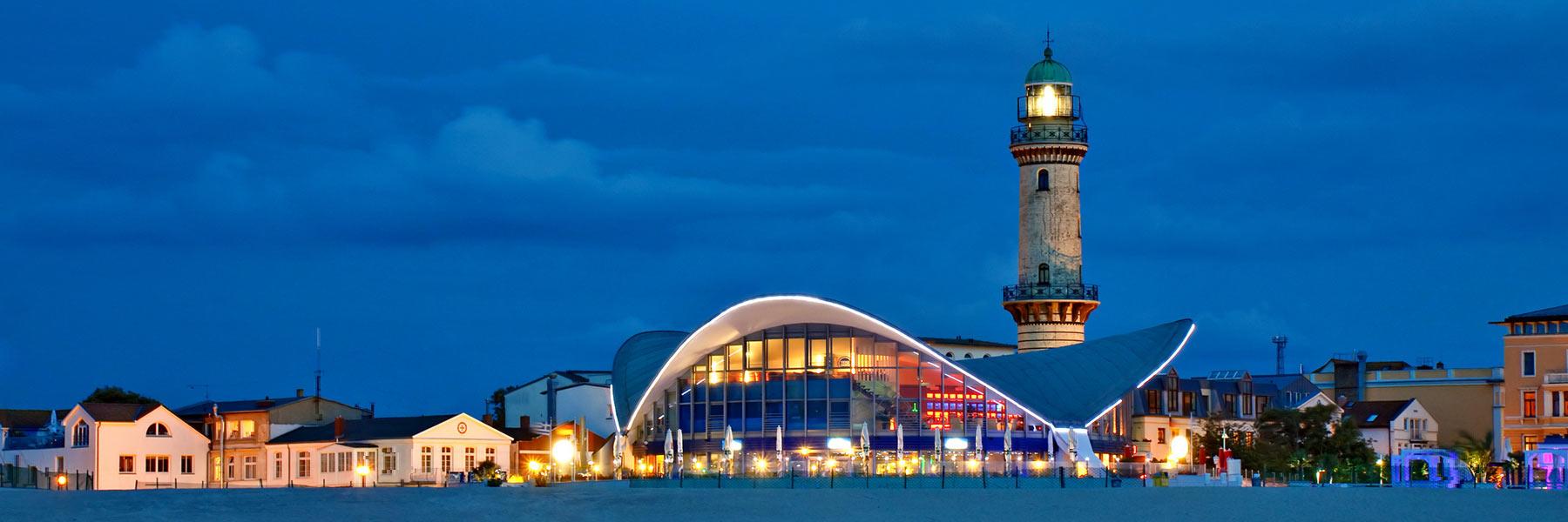 Leuchtturm & Teepott - Ostseebad Warnemünde