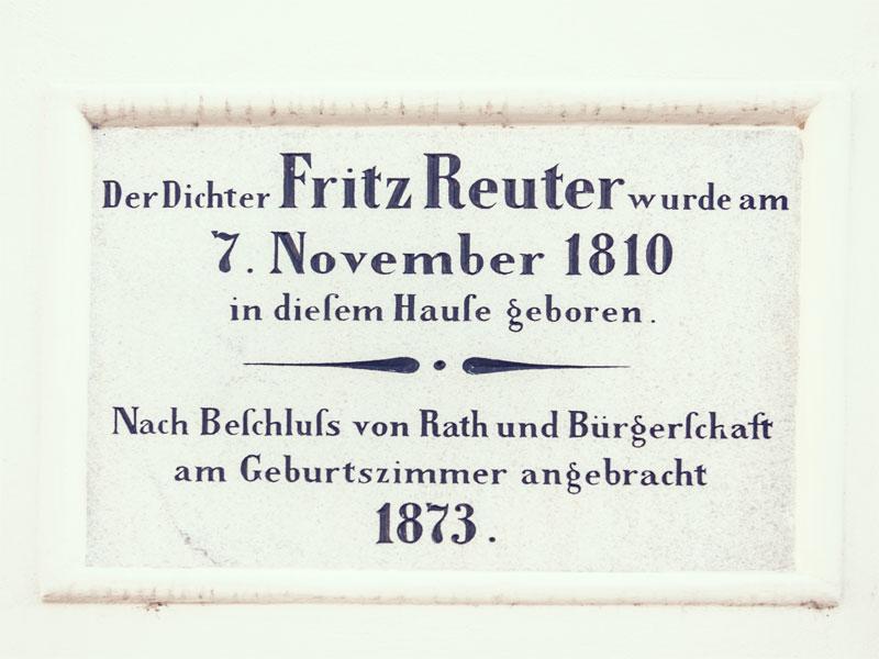 Gedenktafel am Fritz-Reuter-Museum