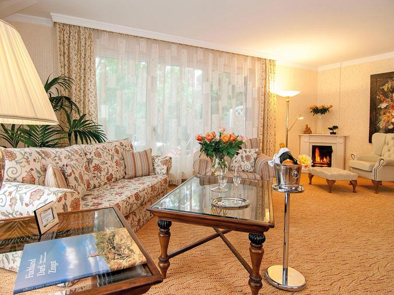 luxuriöse Suiten im Gartenpavillon