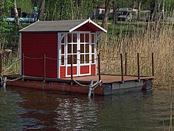 Seehütten auf dem oder direkt am See
