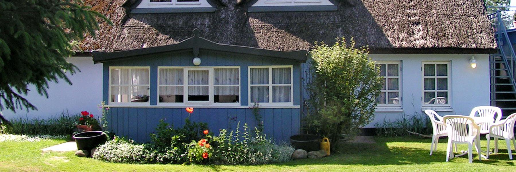 Außenansicht - Ferienwohnung im Darßer Landhaus