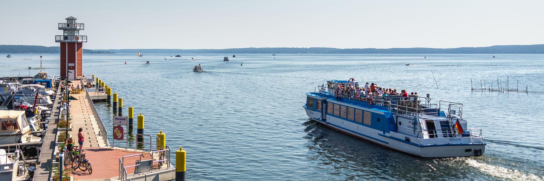 Leuchtturm - Fahrgastschifffahrt Wichmann