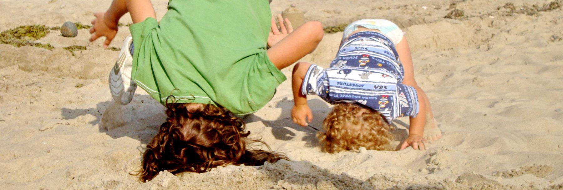 Kinder am Strand - Ferienhaus Kleeblatt