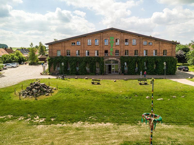 Außenansicht vom Landhotel zur Scheune