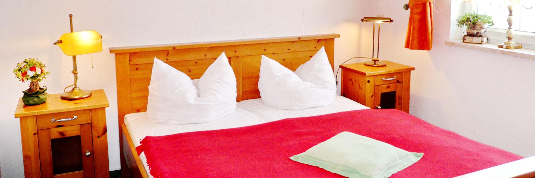 """Doppelbett - Appartementhaus """"Alena"""""""