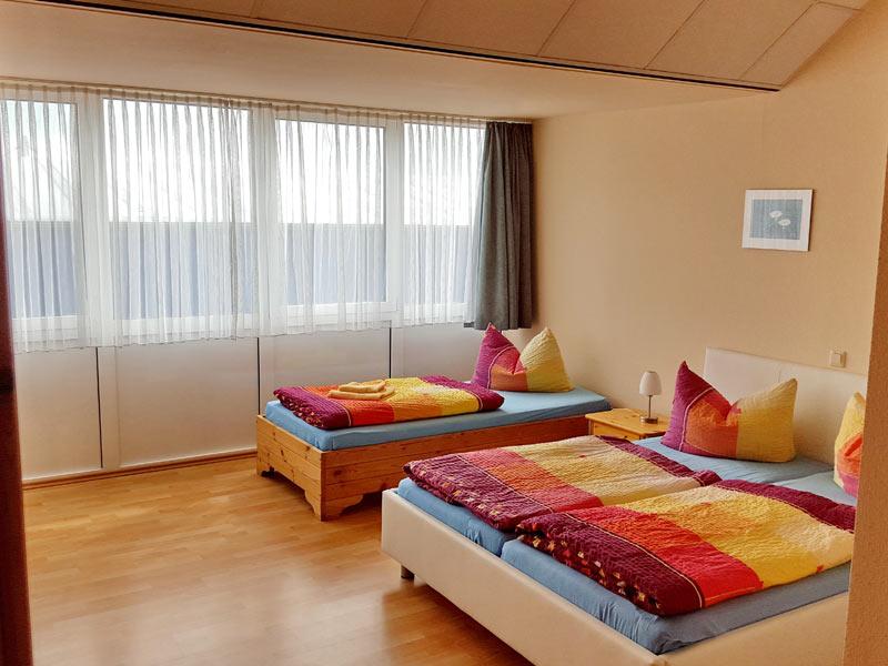 Drei-Bett-Zimmer in der Müritz-Pension