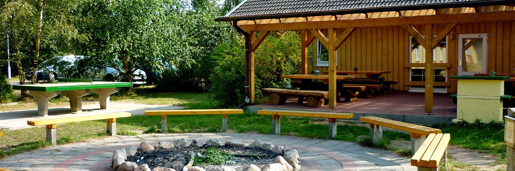 Feuerstelle - Waldhaus am Ferienpark