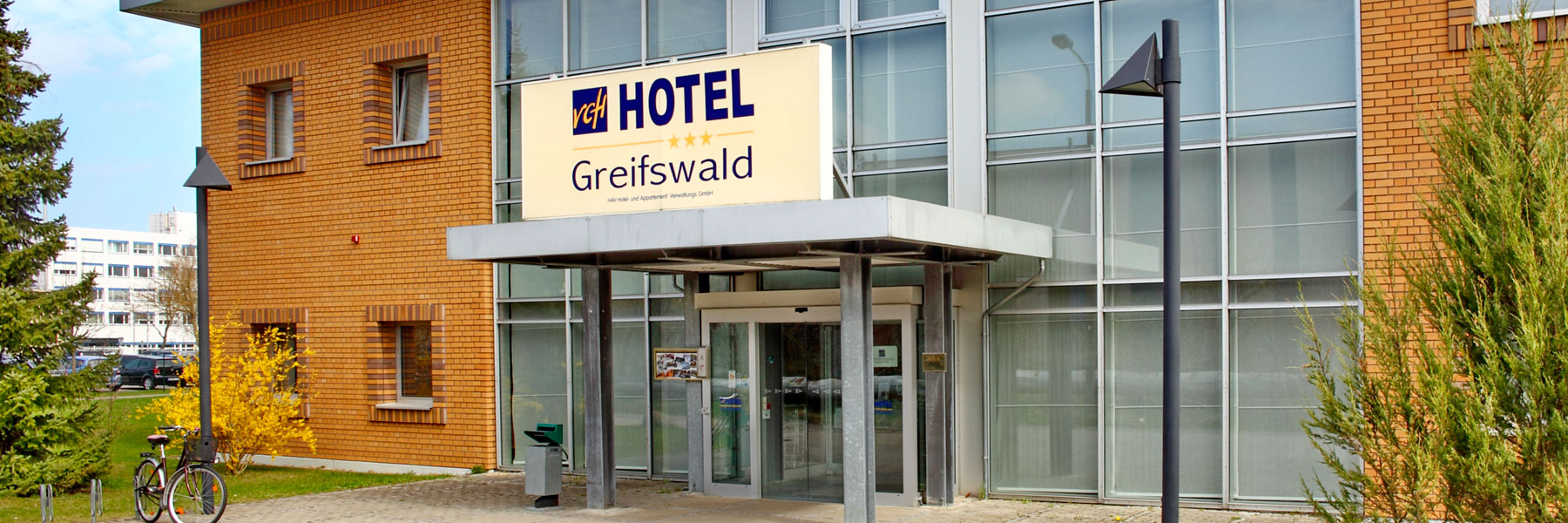 Hoteleingang - VCH-Hotel Greifswald