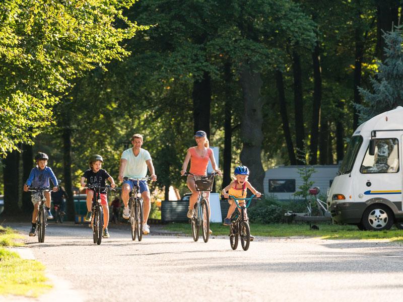 Fahrradtour vorbei am Wohnmobilplatz