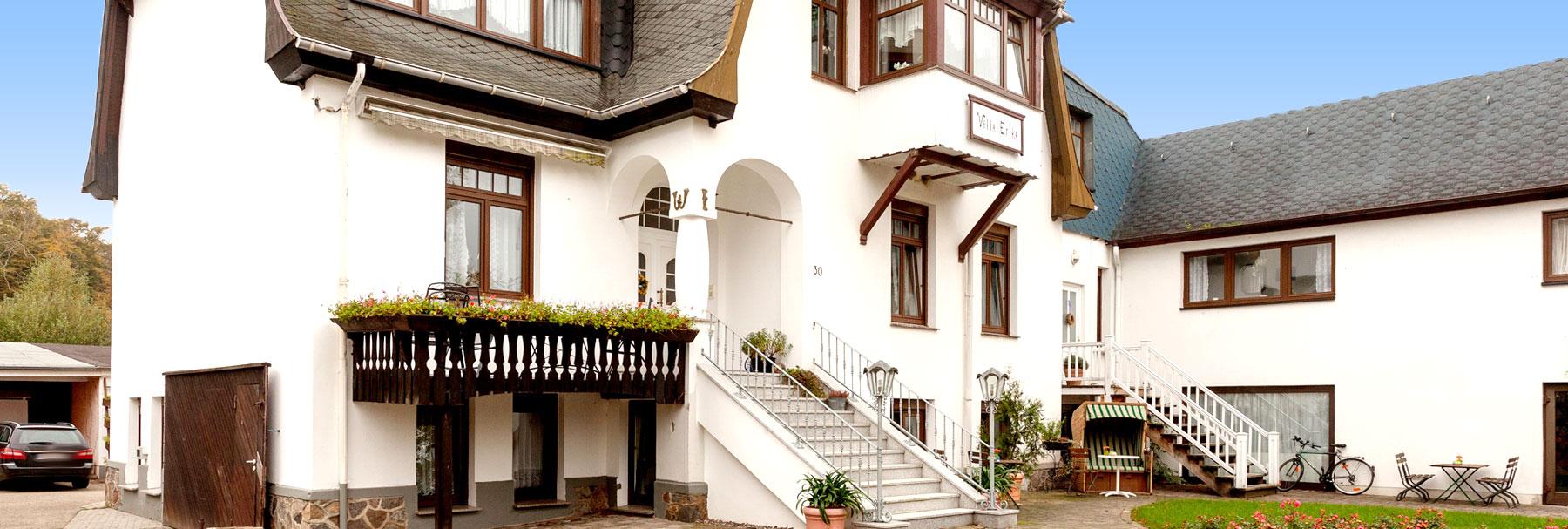 """Außenansicht - """"Villa Erika"""" Ferienwohnungen & Pension"""