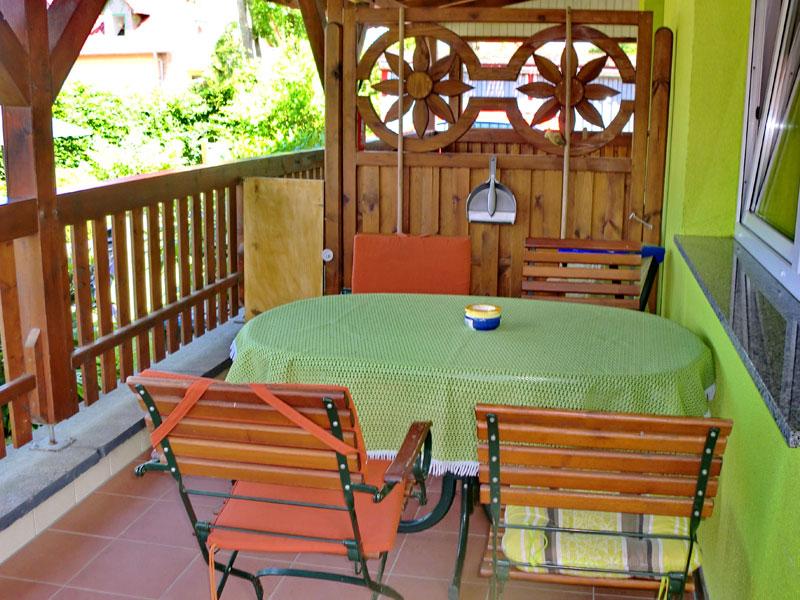 Terrasse von Ferienwohnung 5