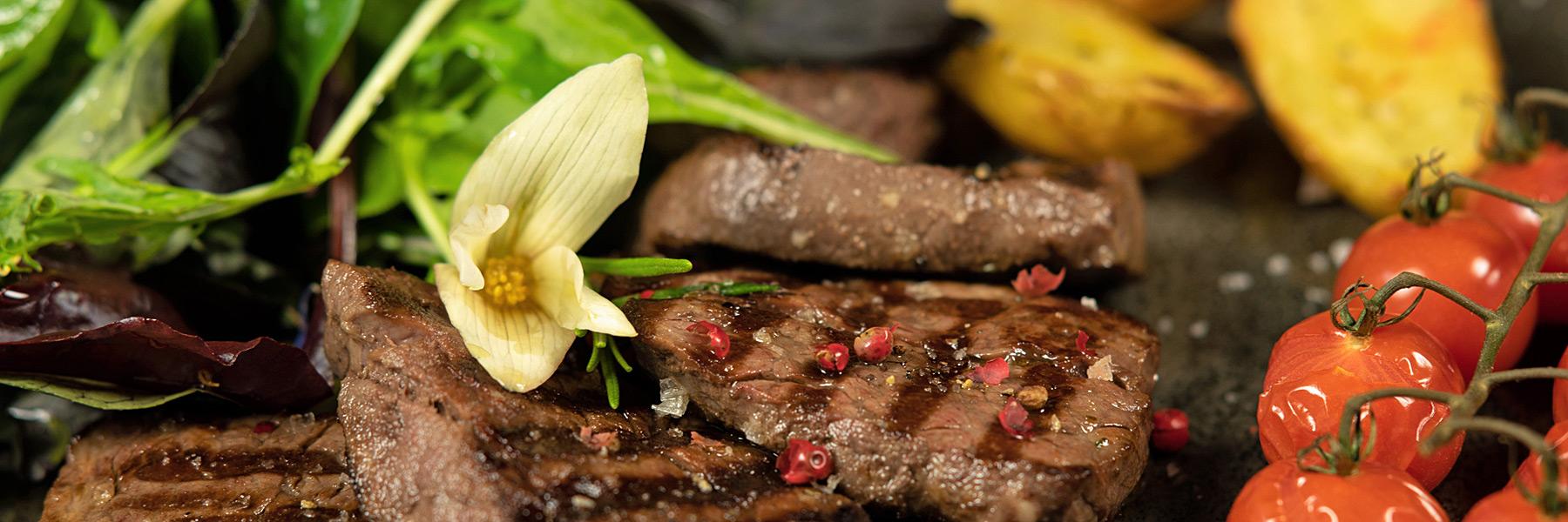 """Steak - Restaurant & Ferienwohnungen """"Blaue Maus"""""""