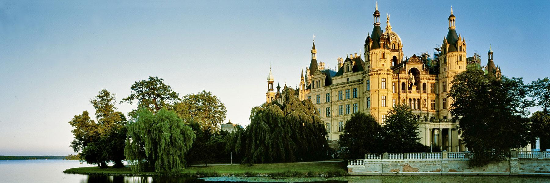 Schweriner Schloss - Reiseleiter Schröder