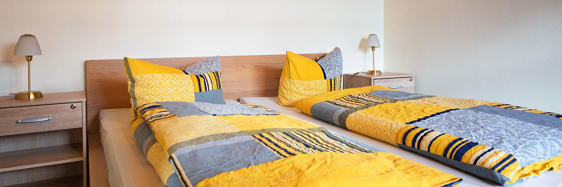 Doppelbett - Ferienwohnungen im Fischerhus