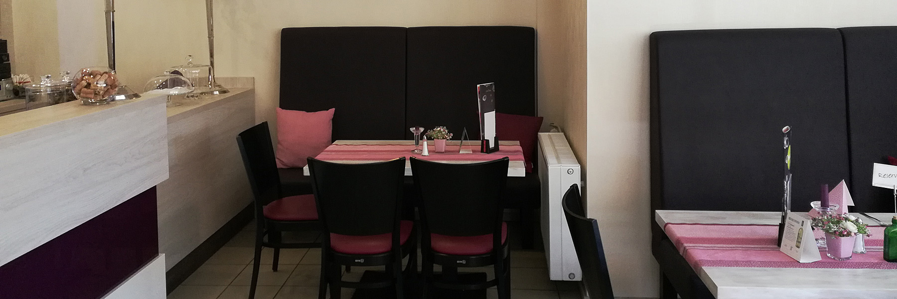 Restaurant mit Sitzecke - Restaurant & Café Lorenz