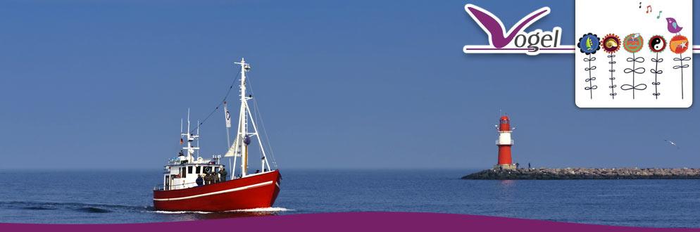fischerboot-hafen-warnemuende