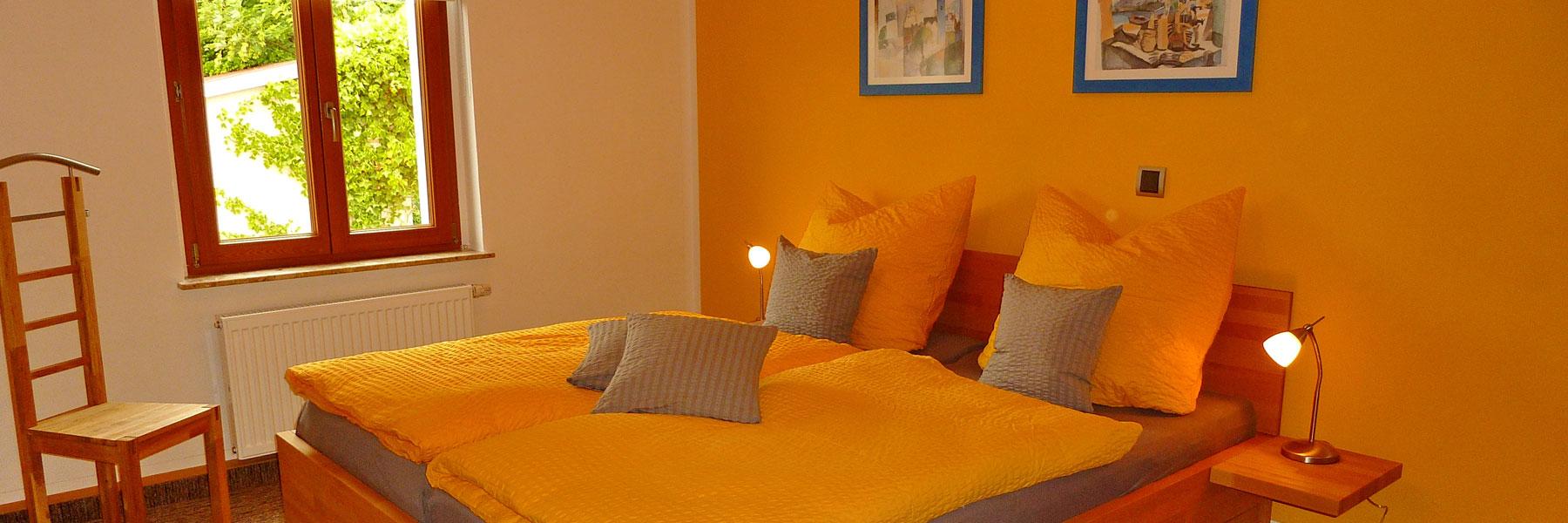 Schlafzimmer - Apartmenthaus Waren