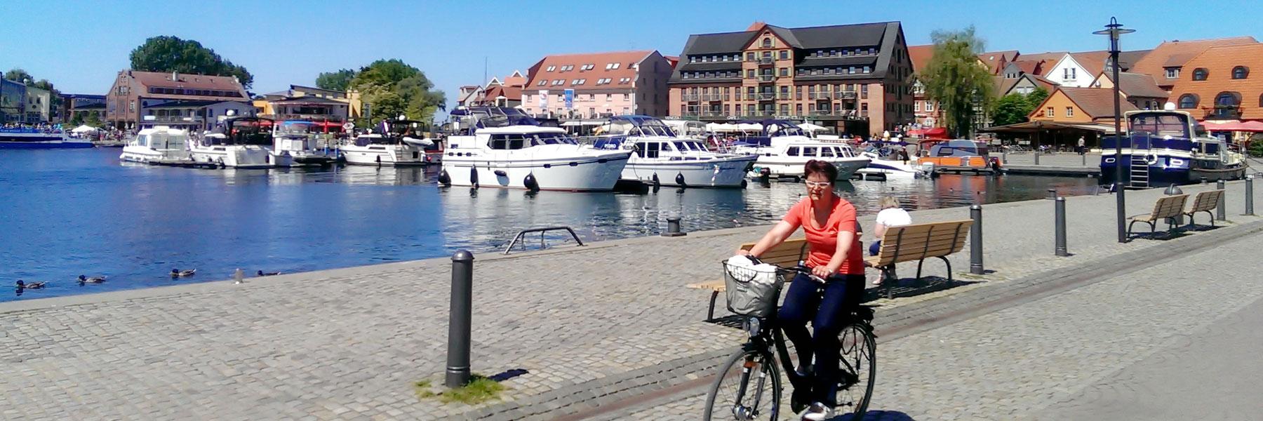 Hafen Waren Müritz - Ferienwohnungen am Yachthafen