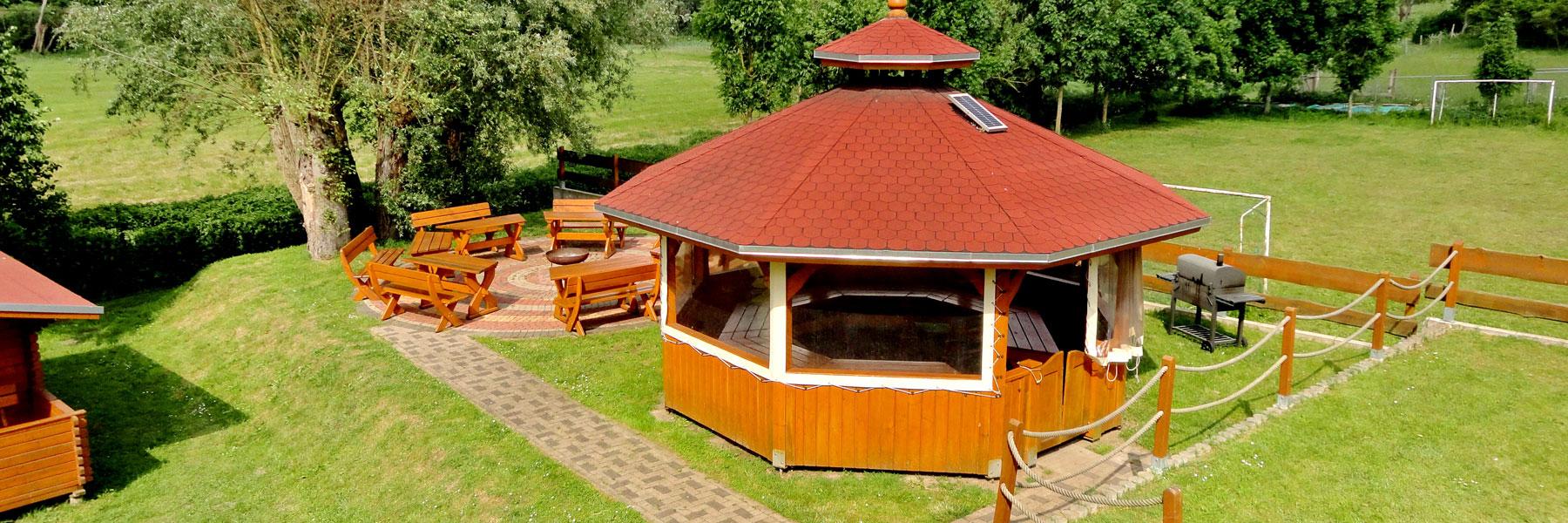 Grillhütte - Kanu-Feriencamp Weitendorf